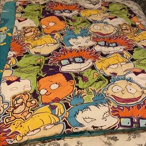 Kids reversible Twin/full comforter with 1/sham